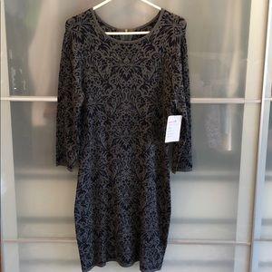 Beautiful and flattering sweater dress size large